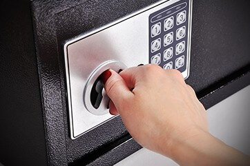 How a Commercial Locksmith Can Help You Choose the Right Safe