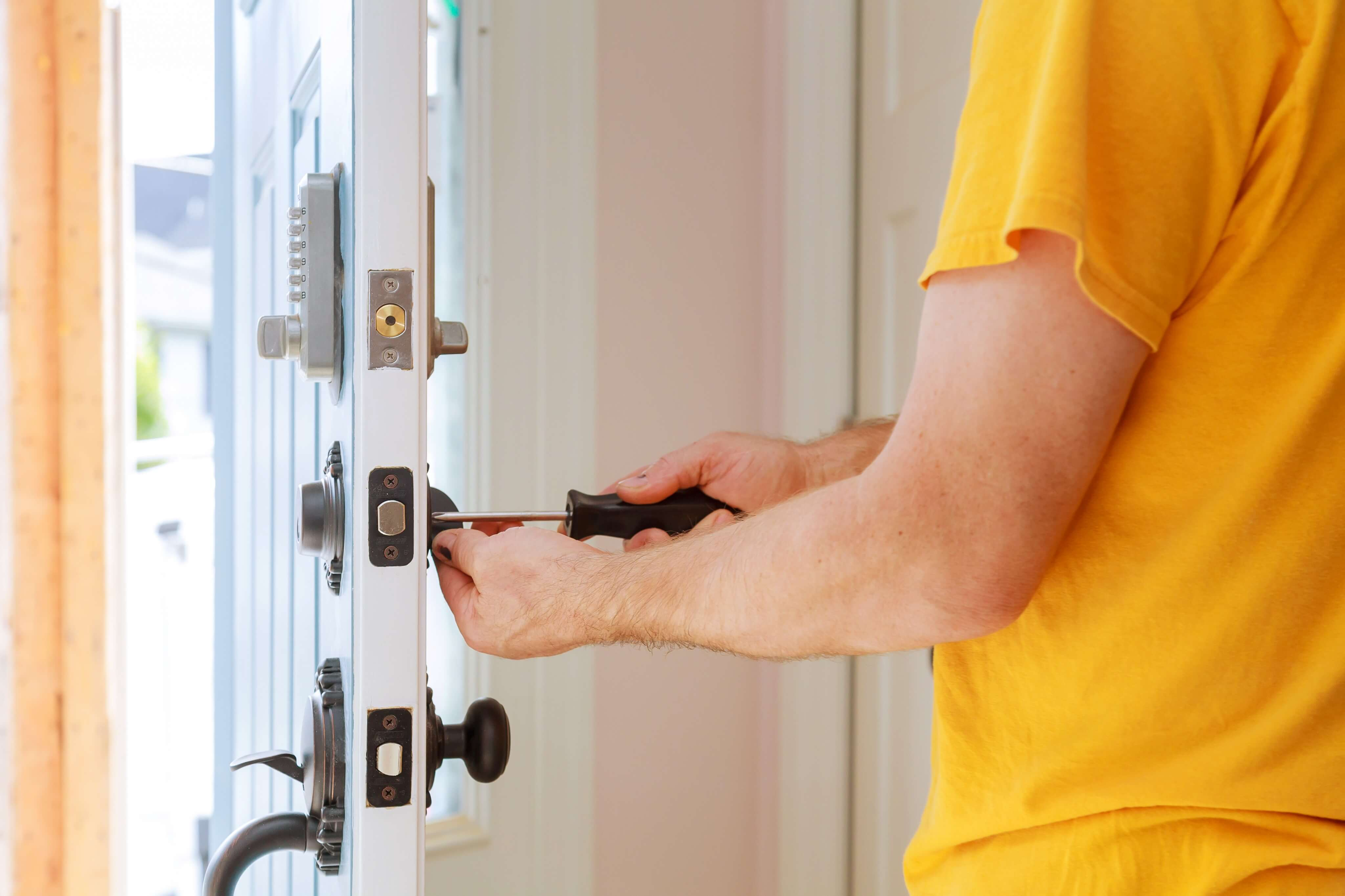Signs You Need to Replace the Locks on Your Home