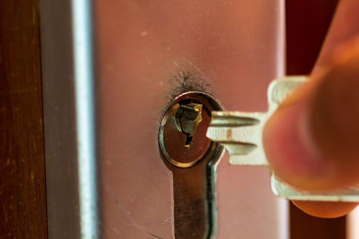 When Should You Call an Emergency Locksmith?